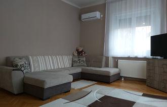 Kiadó Társasházi lakás