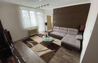 Eladó Téglaépítésű lakás