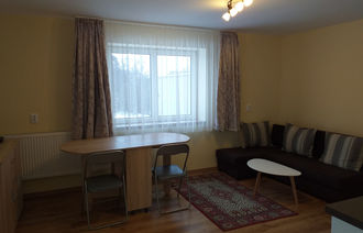 Kiadó Kertkapcsolatos társasházi lakás