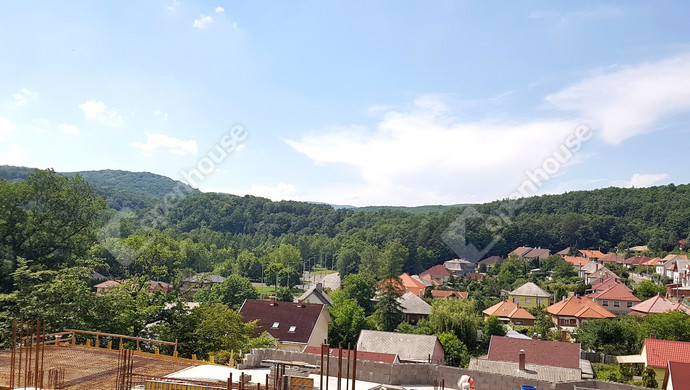 5. kép   Nyugati panoráma földszint magasságban   Eladó Társasházi lakás, Miskolc (#130722)