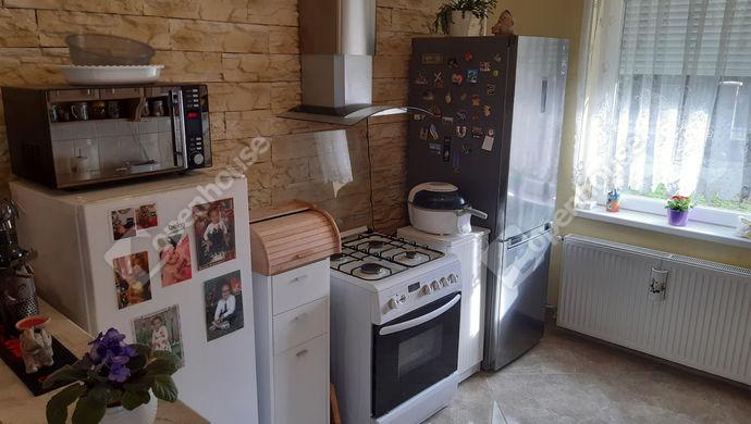 12. kép | konyha | Eladó Családi ház, Békéscsaba (#149932)