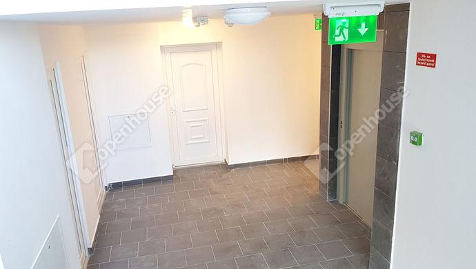 6. kép | lépcsőház | Eladó Társasházi lakás, Miskolc (#143565)