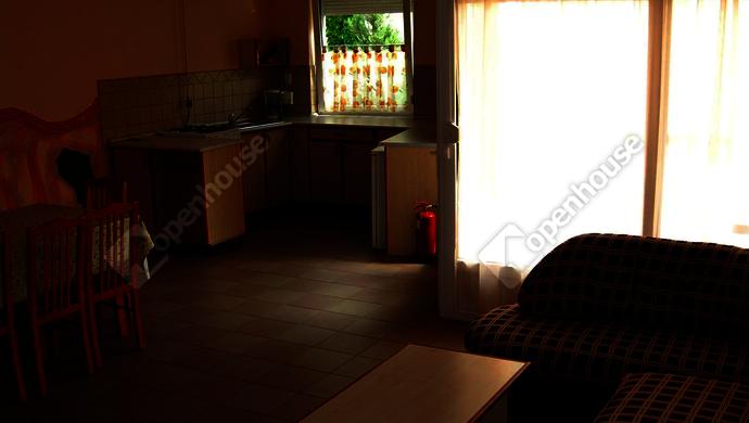 4. kép   Eladó Társasházi lakás, Siófok (#133976)