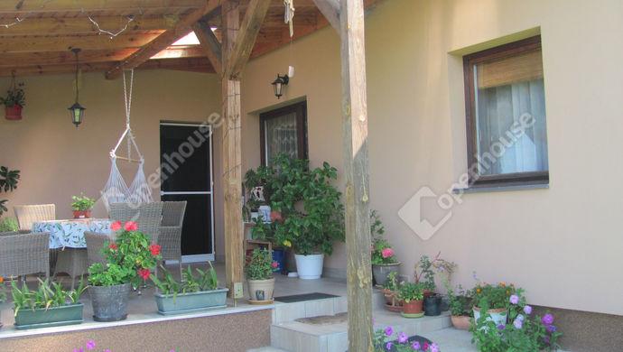 20. kép | Bejárat | Eladó Családi ház, Németfalu (#140990)
