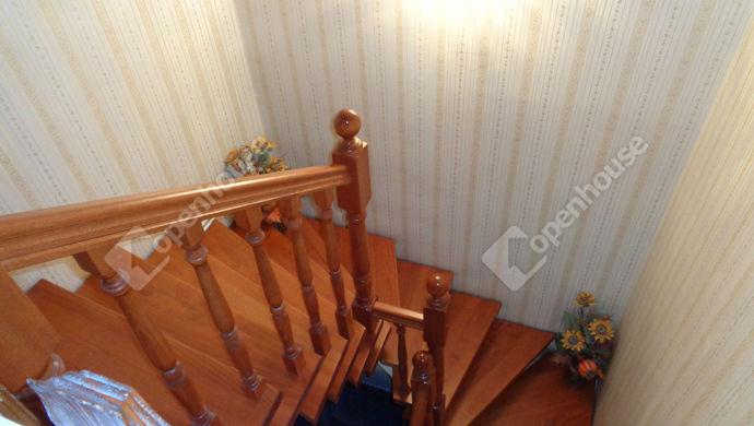 13. kép   lépcsöház   Eladó Családi ház, Békéscsaba (#147797)