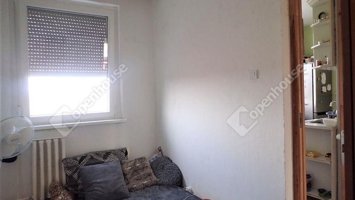 12. kép | Konyha melletti szoba | Eladó Társasházi lakás, Szeged (#150773)