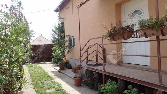 37. kép   Eladó Családi ház, Szeged (#152485)