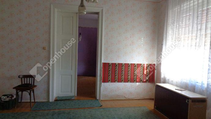 13. kép | szoba | Eladó Családi ház, Magyarbánhegyes (#146996)