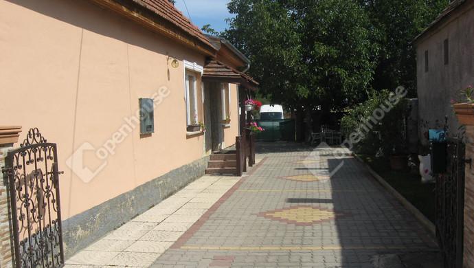 13. kép   Eladó Családi ház, Rábapaty (#123103)