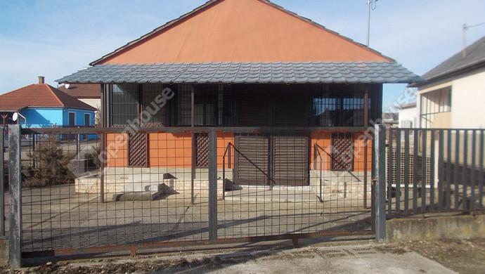 3. kép | Eladó Üzlethelyiség, Tiszalúc (#125849)