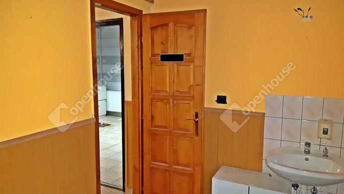 0. kép   Eladó Üzlethelyiség, Sopron (#136653)