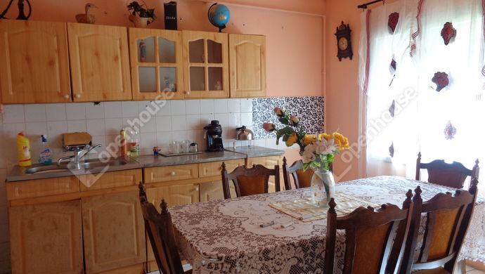 1. kép | konyha részlet | Eladó Családi ház, Újkígyós (#146680)