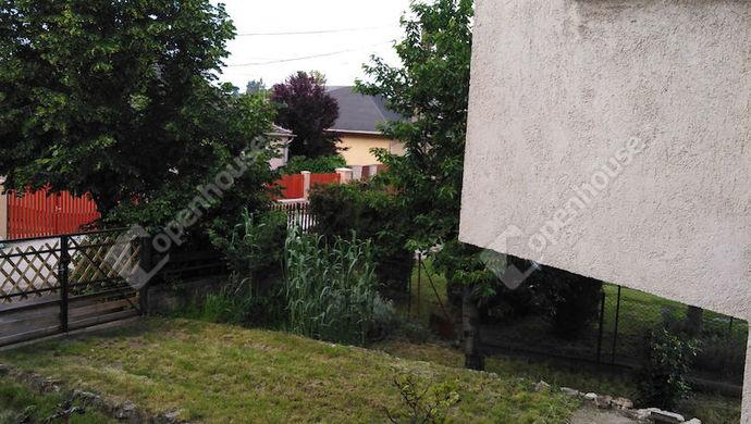 30. kép | Udvar | Eladó Családi ház, Tata (#139490)