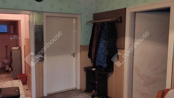10. kép | előszoba | Eladó Családi ház, Petrikeresztúr (#144758)