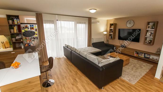 0. kép | Eladó újszerű lakás Székesfehérvár, Maroshegy, Harmatosvölgy | Eladó Társasházi lakás, Székesfehérvár (#143714)