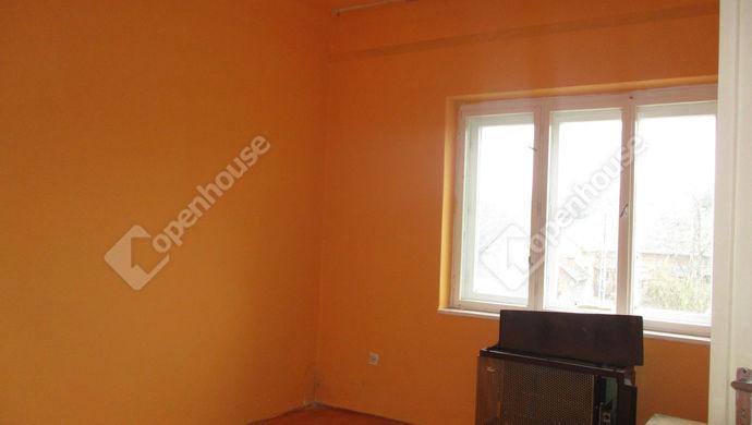 2. kép | szoba | Eladó Társasházi lakás, Szolnok (#135994)