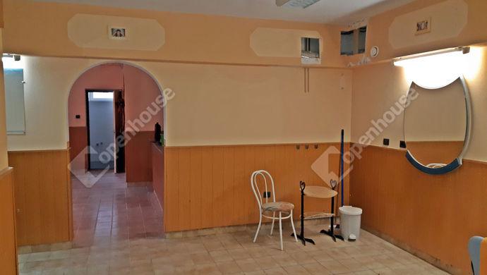 2. kép   Eladó Üzlethelyiség, Sopron (#136653)