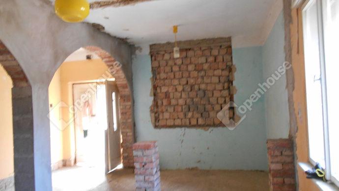 1. kép | Eladó Családi ház, Kengyel (#146657)