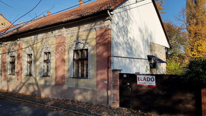 9. kép | külső utcakép, Reményi Ede utca | Eladó Családi ház, Miskolc (#134809)