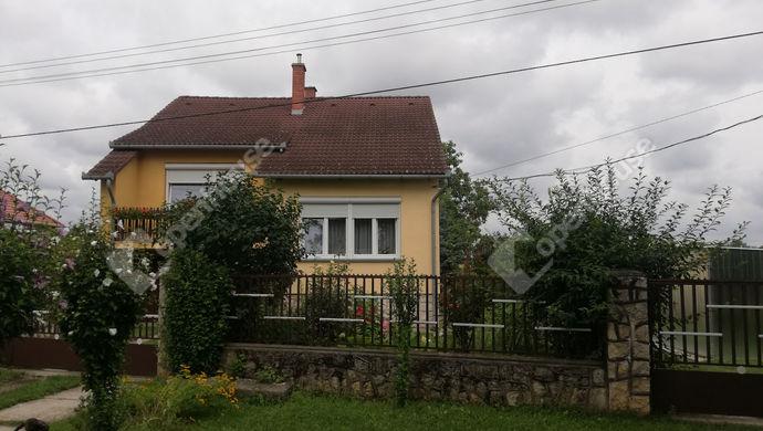 2. kép   Eladó Családi ház, Győr (#152652)