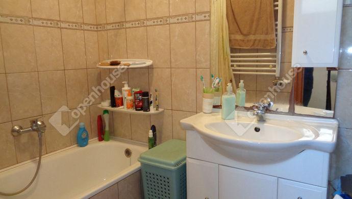 11. kép | fürdö | Eladó Társasházi lakás, Békéscsaba (#147905)