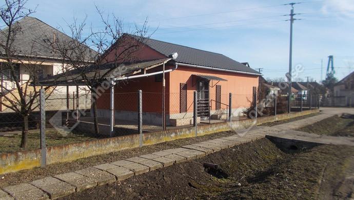 4. kép | Eladó Üzlethelyiség, Tiszalúc (#125849)