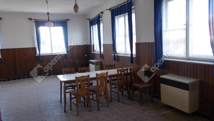 10. kép | Eladó Üzleti ingatlan, Szeleste (#132511)