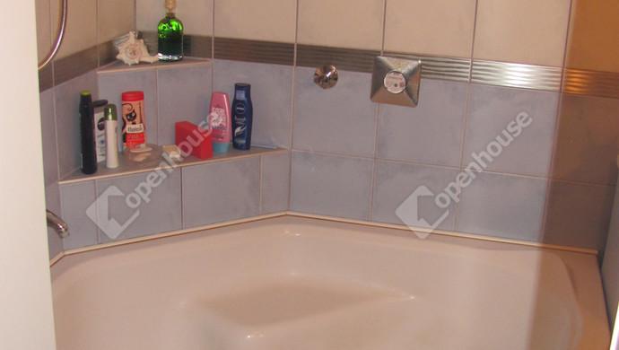 14. kép | Fürdőszoba | Eladó Társasházi lakás, Zalaegerszeg (#123646)