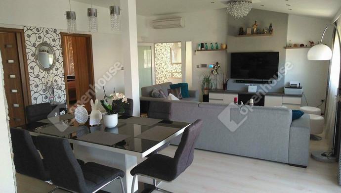 0. kép   Ház   Eladó Társasházi lakás, Mosonmagyaróvár (#126021)