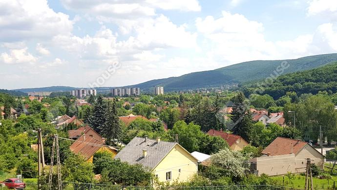 7. kép   Keleti panoráma földszint magasságban   Eladó Társasházi lakás, Miskolc (#130722)