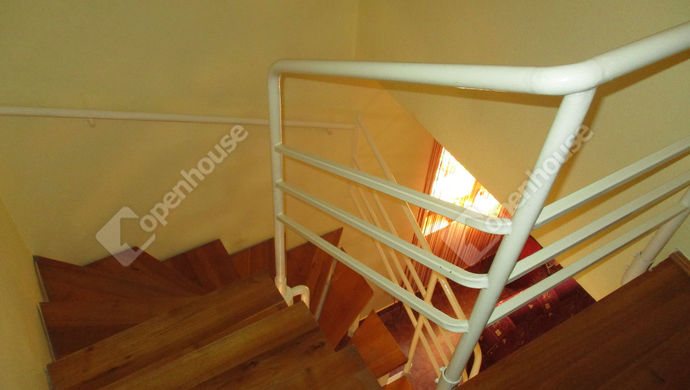 16. kép | lépcső | Eladó Családi ház, Szolnok (#134456)