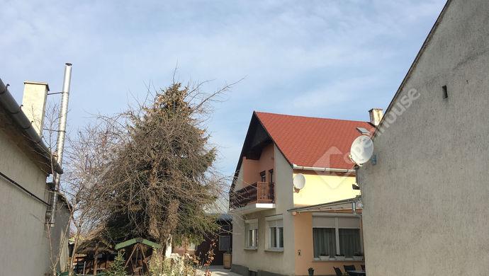 19. kép | Eladó Családi ház, Nyúl (#136155)