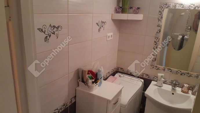 9. kép | Fürdő | Eladó Társasházi lakás, Békéscsaba (#147895)
