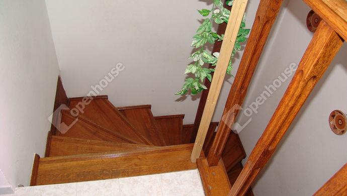 7. kép   Lépcső   Eladó Társasházi lakás, Szeged (#139734)