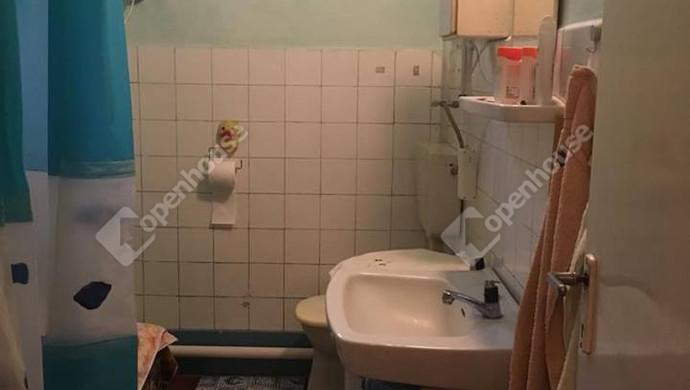 7. kép | fürdő | Eladó Családi ház, Szolnok (#127790)