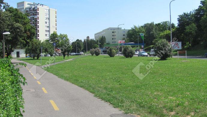 26. kép | Utcakép | Eladó Társasházi lakás, Zalaegerszeg (#140563)