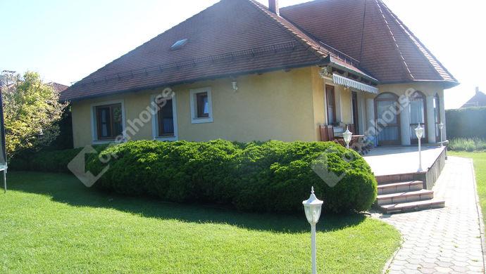 0. kép   Kiadó Családi ház, Zalaegerszeg (#140697)