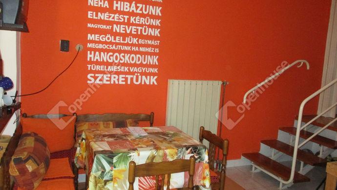 19. kép | kis ház étkező | Eladó Családi ház, Szolnok (#134456)