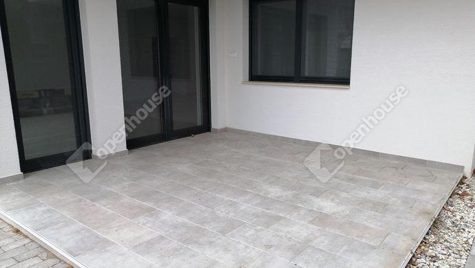 2. kép   Eladó Társasházi lakás, Siófok (#150447)