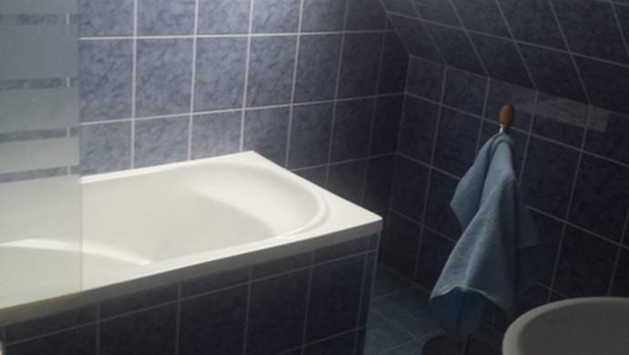 5. kép | Fürdőszoba II. | Eladó Családi ház, Tata (#99072)