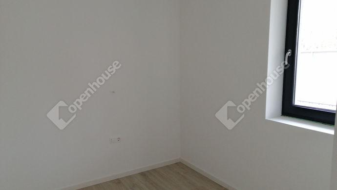 5. kép   Eladó Társasházi lakás, Siófok (#150447)