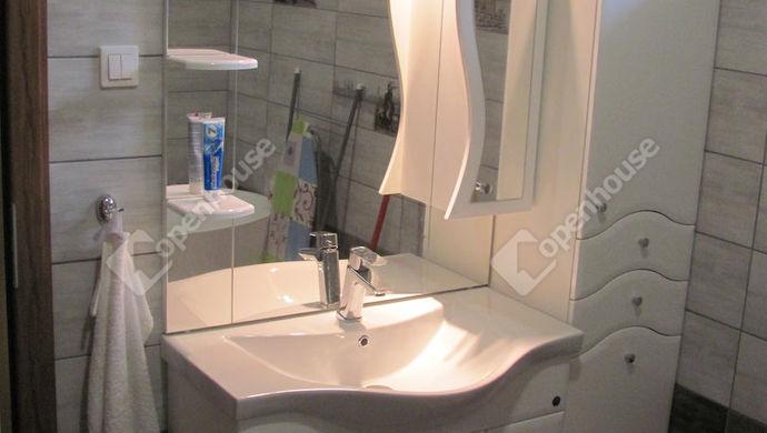 28. kép | Fürdőszoba | Eladó Családi ház, Zalaegerszeg (#135304)