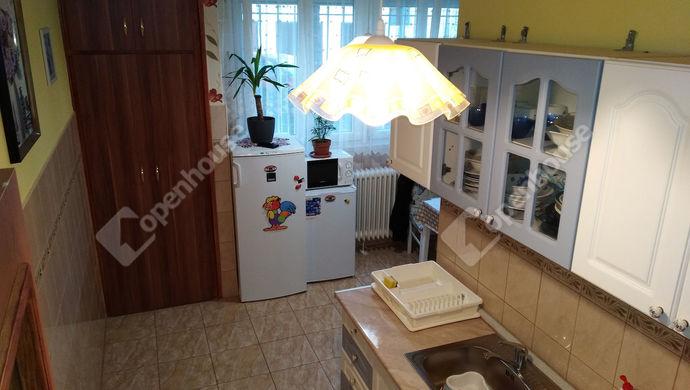 9. kép | Konyha | Eladó Társasházi lakás, Zalaegerszeg (#141671)