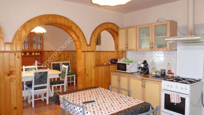 7. kép | konyha részlet | Eladó Családi ház, Békés (#147840)