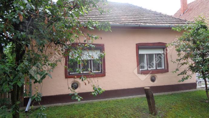 6. kép   utcai ház részlet   Eladó Családi ház, Gyomaendrőd (#146568)