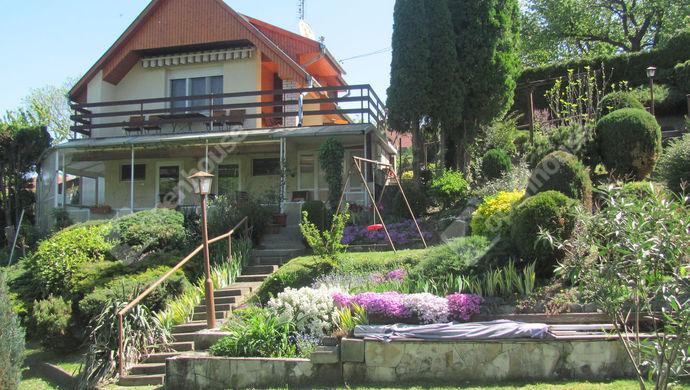 0. kép | Udvari nézet | Eladó Családi ház, Zalaegerszeg (#138745)