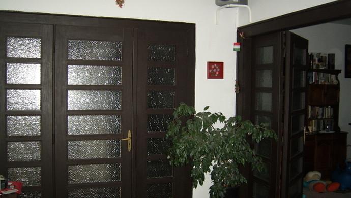 8. kép | Jászberény családi ház előtér | Eladó Családi ház, Jászberény (#79244)