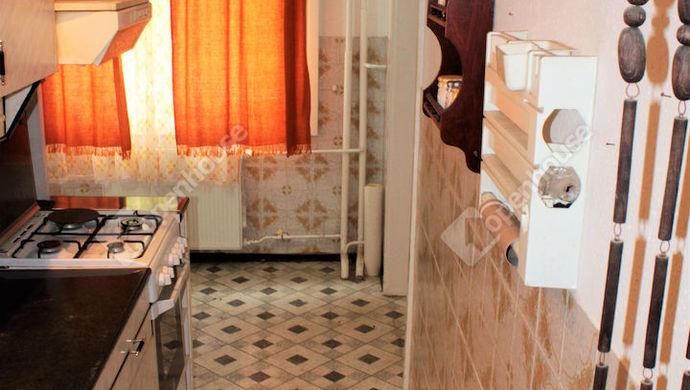 7. kép   eladó panel lakás   Eladó Társasházi lakás, Székesfehérvár (#138535)