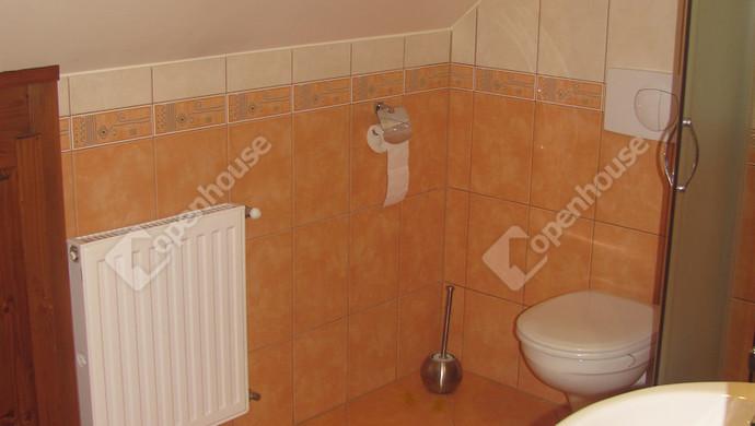 23. kép | Fürdőszoba | Eladó Társasházi lakás, Zalaegerszeg (#123646)
