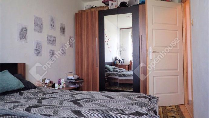 5. kép | Nagyobb szoba | Eladó Társasházi lakás, Szeged (#150773)